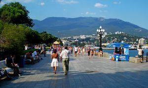 100 000 Туристов в крым – социальная ответственность или бизнес - риск?