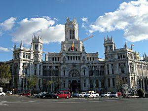 Чем заняться в столице испании мадриде: достопримечательности и шопинг