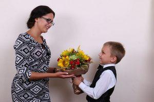 Как и что дарить учителю: основные принципы