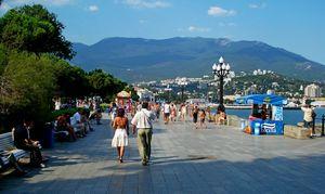 Как провести время на крымских курортах в августе