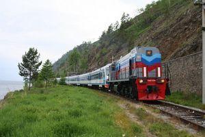 На кругобайкальской железной дороге открывается сезон