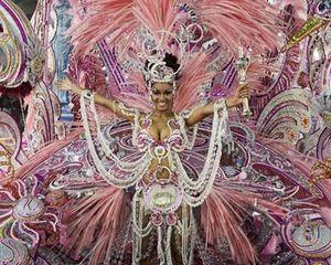 Настало время карнавалов!