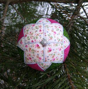 Новогодние шарики на пенопластовой основе